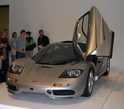 voiture rapide001 Top 10 des voitures les plus rapides du monde